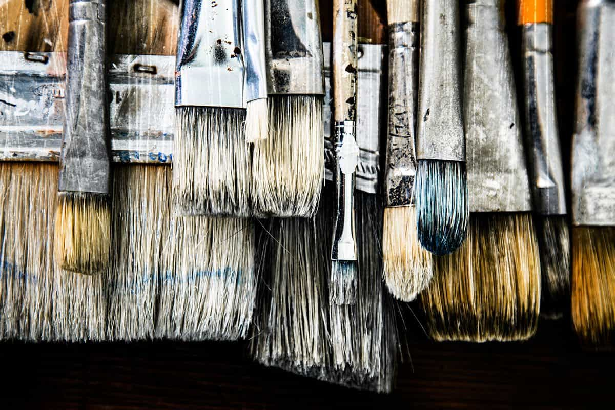 Brushes-in-a-Row