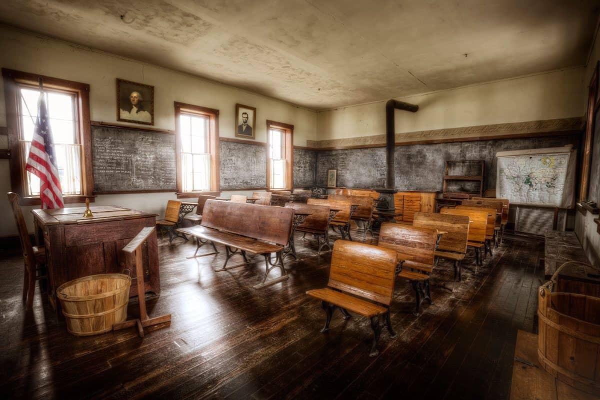 Large-SchoolHouse